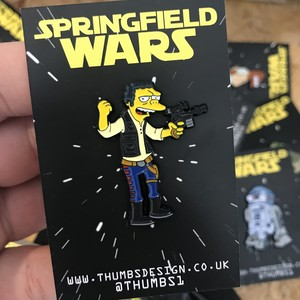 "THUMBS""Moe x Springfield Wars Pin Badge"""