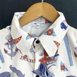 イロカライフオリジナル南国BARBER柄のアロハシャツ