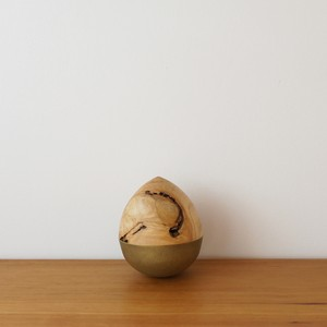 comonoyure A / 真鍮 × カエデ