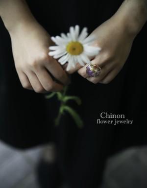 本物のお花を閉じ込めた指輪