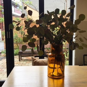 再入荷! VALENCIA RECYCLE GLASS  AMBER   フラワーベース