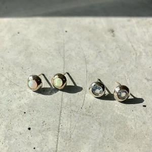 【2OMPPSV】『One off』Moon stone round cut pierced earrings