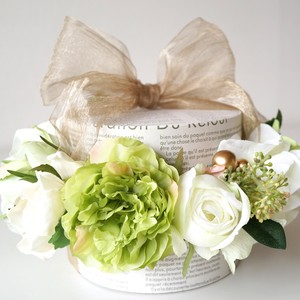 Ribbon Box Arrangement(Artificial&Preserved Flower)