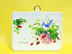 【New】7月発売 いちごと小鳥のパスケース