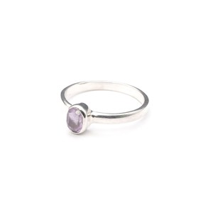 SINGLE PETIT STONE NON-ADJUSTABLE RING 024