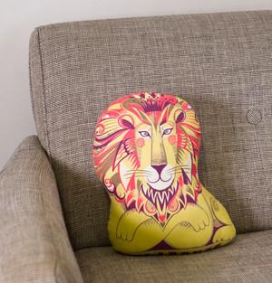 Clarence the Lion Tea Towel / Cloth Kit
