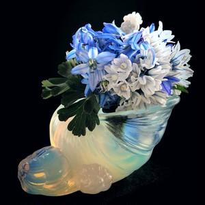 オパールセントガラスのエスカルゴ