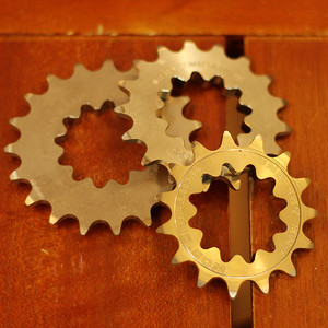 WHITE INDUSTRIES fixed cogs 1/8""