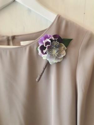 【卒園式・入学式にも♪】紫パンジーの春コサージュ