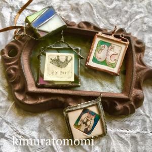 銅版画とステンドグラスのペンダント