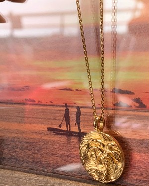 再販!LIFE is 1周年記念24KgpオリジナルハワイアンジュエリーBOX付き(ゴールド) ¥8900+tax