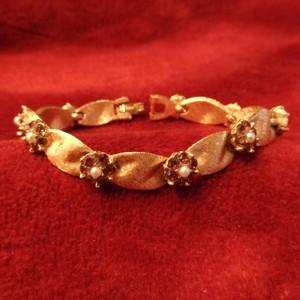"""TRIFARI"" 70~80's Flower bijou bracelet  ""トリファリ"" フラワービジューブレスレット"
