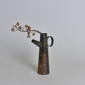 ラスティ ジャグ〈花瓶 / フラワーベース / ディスプレイ 〉