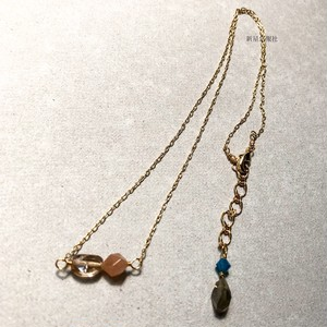 夏休みの蝶と消失のネックレス