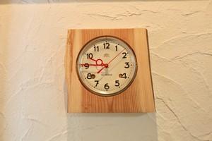 ★ アンティーク文字盤の電波時計 ★