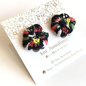 kui_fumufumu 刺繍の宝石イヤリング KF-079