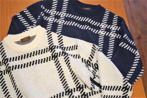 Vandori Big Lattice Pattern Crew Neck Knit