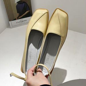 ストラップパンプス 斜めデザイン オフィス ストラップ スクエアトゥ 春 秋 フェミニン 靴 韓国