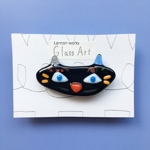 グラスアートれもんのガラスブローチ <NO.1…黒ネコ>