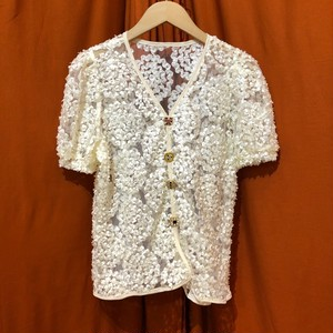 Flower Lace Sheer Tops    Color : Off White