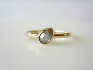 お取り置き ナチュラルダイヤモンドの指輪(シルバーグレー)
