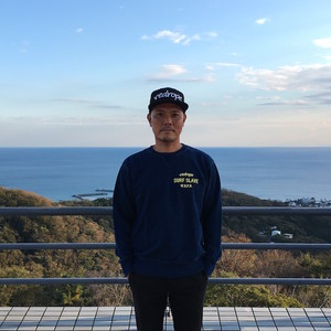 【SURF SLAVE CREW SWEAT】