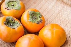種無し柿(贈答用)4キロ箱 2Lサイズ(12個入り)