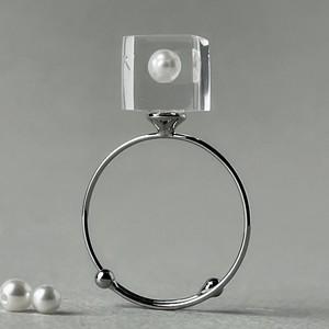 淡水パール 指先に浮かぶリング シルバーカラー(ギフト, 誕生日プレゼント, ギフトラッピング, 結婚式, お呼ばれ, フリーサイズ)