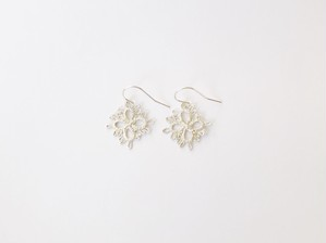 YulariceTatting lace earring Clover SV925