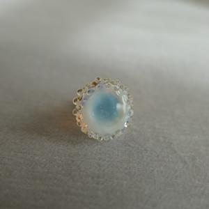 Pin brooch  [ Milky white ]