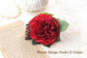 赤い薔薇のヘアクリップ