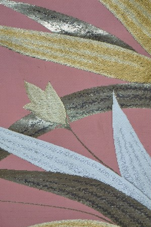 【オリジナル京袋帯】アンティーク帯リメイク☆ベビーピンクに大振りの草花