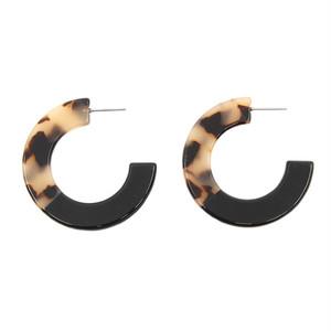 two-tone C hoop pierce 01