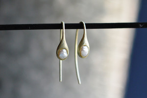 ibitsu ピアス (K10GG/pearl)