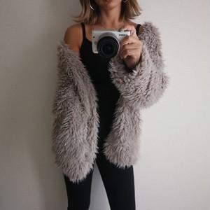 fakefur light coat/グレージュ