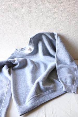 Vintage plain sweater