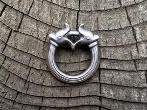 ドラゴンヘッド[シルバー/艶消し古美仕上げ]鹿革紐付