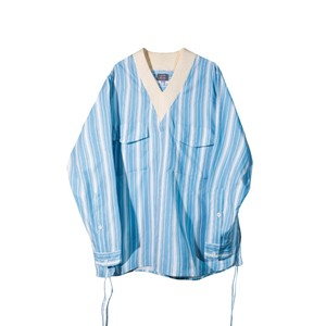 【UMAMIISM】Vネックストライプシャツ