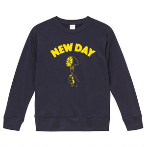 NEW DAY Sweat <NAVY>