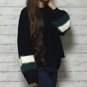 フェザー配色ニットセーター