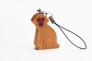 木のストラップ・ニホンザル