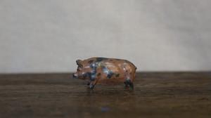 Pig オブジェ: イギリス