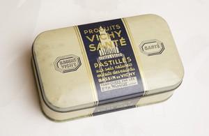 アンティークTin缶『 VICHY-SANTE』白