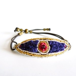 Silk Threads Bracelet 3026