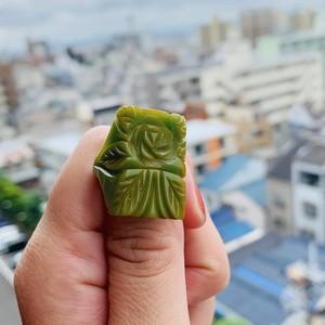 BAKELITE ベークライト グリーン carved スクエアリング(green rose rectangle)
