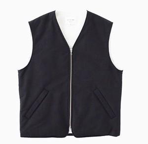 "STILL BY HAND ""Thinsulate Vest"""
