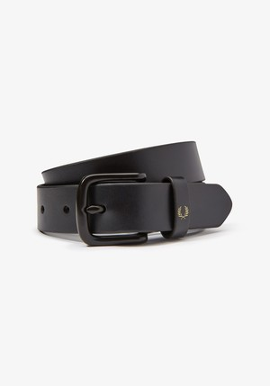 FRED PERRY:SLIM LEATHER BELT