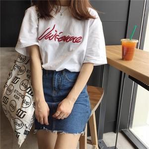 【トップス】超お買い得!アルファベット刺繍ポリエステルゆったりカジュアルTシャツ