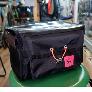 "SWIFT INDUSTRIES ""paloma handlebar bag"" (Hinterland)"