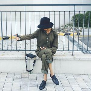 【秋冬新作】ポイントボタンシンプルジャンプスーツ